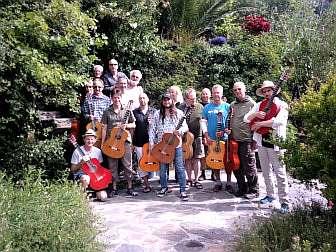 """Foto von Gitarrenkurs auf der Casa Rural """"Sierra y Mar"""""""